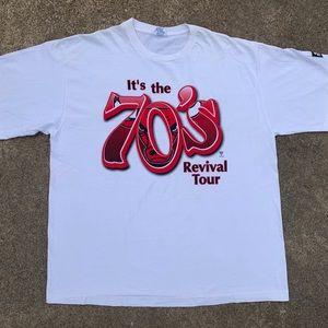 Vintage 90's Starter 70's Tour Chicago Bulls Shirt